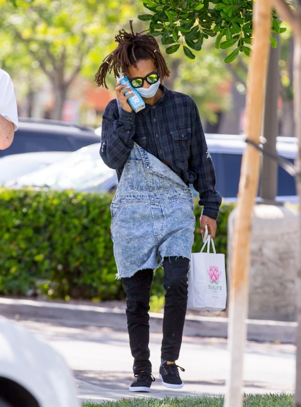 Jaden Smith call bottle